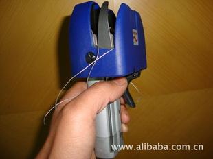 玻璃纤维/碳纤维拉舍尔多轴向经编机用-----------纱线断纱接线机