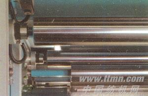 行星轮大锡林碳素纤维辊磨毛机局部-恒张力控制装置
