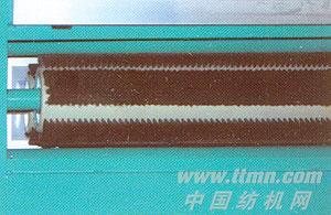 行星轮式大锡林碳素纤维辊磨毛机局部-出布清洁刷